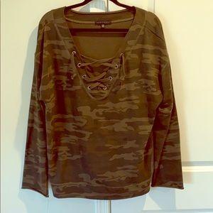 Sanctuary camo sweatshirt